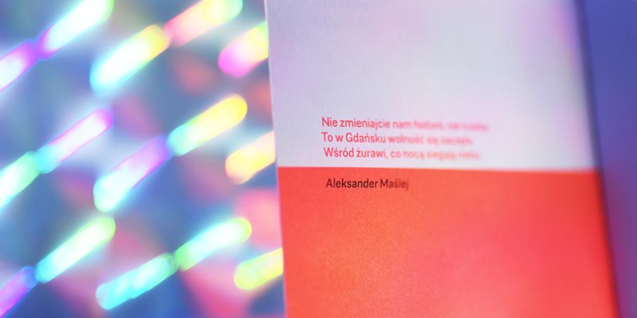 typografia tekst detal sunken arctic paper kolor neon