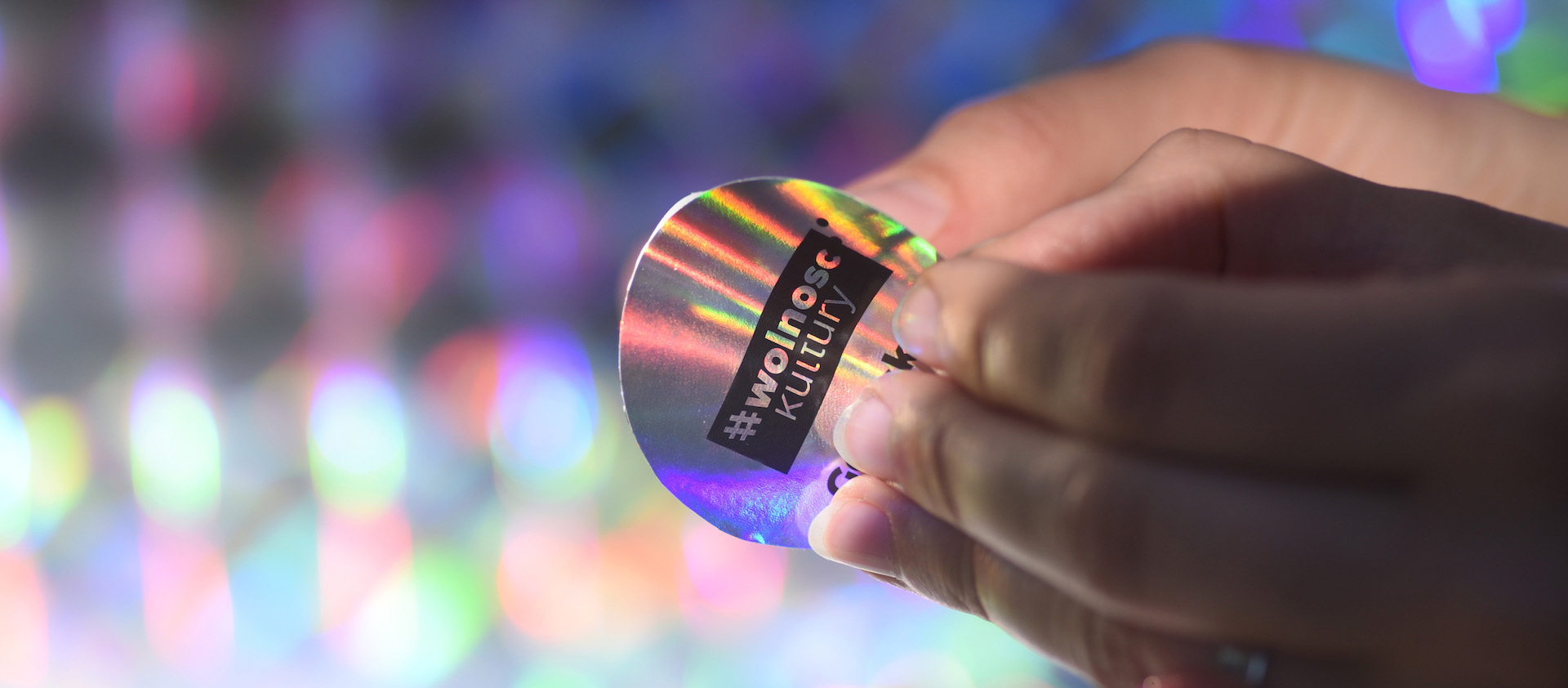 projekt naklejka holograficzna Spectro Gdańsk studio